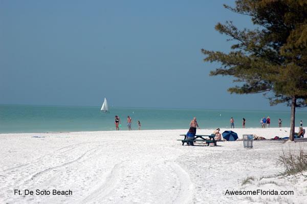 http://www.awesomeflorida.com/images/ft_desoto_beach_5b.jpg